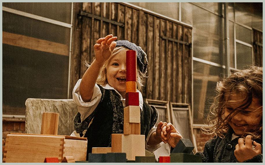 Spielzeug ab 1 Jahr: Wooden Story Bausteine