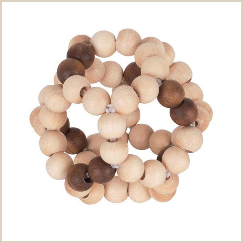 Sinnvolles Babyspielzeug ab 6 Monate: Ball aus Holz-Perlen von Heimess
